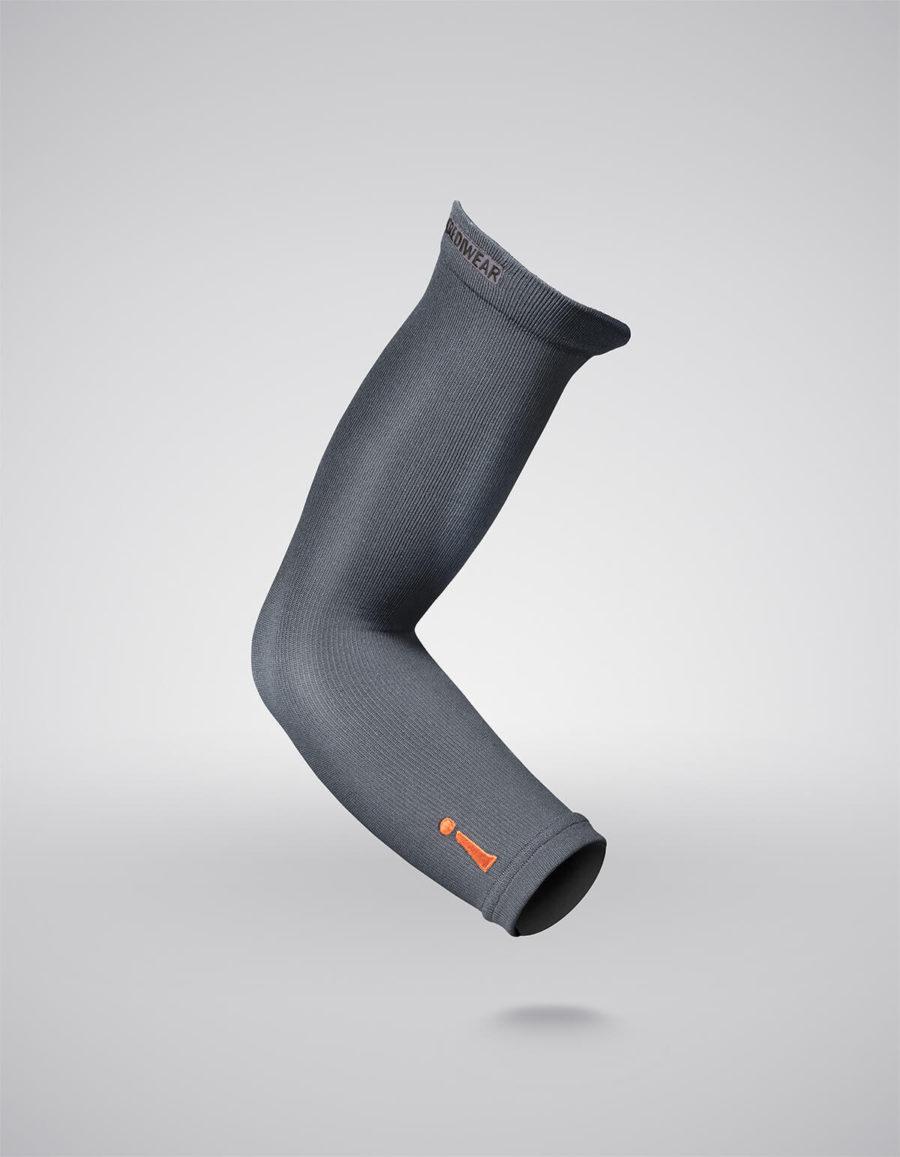 manga brazo gris oscuro lateral